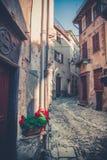Alte Stadt, Häuser und Blumen Lizenzfreie Stockfotografie