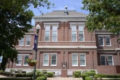 Alte Stadt Hall Covington, TN Stockbild