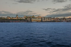 Alte Stadt mit Dämmerungszeit Ansicht Stockbild