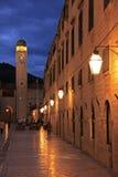 Alte Stadt nachts, Dubrovnik Lizenzfreie Stockbilder