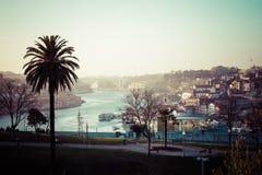 Alte Stadt Porto, Portugal auf dem Duero-Fluss Lizenzfreie Stockfotos