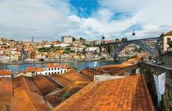 Alte Stadt Portugals auf dem Duero-Fluss in Porto Lizenzfreie Stockfotos
