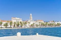 Alte Stadt-Spalte, Kroatien - 20. Juli 2017 Lizenzfreie Stockfotos
