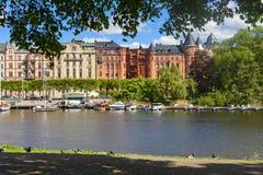 Alte Stadt-tipycal Ansicht in Stockholm stockfotografie
