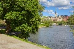 Alte Stadt-tipycal Ansicht in Stockholm stockbild