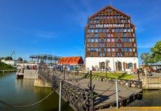Alte Stadt und Hafen von Klaipeda Altes Mühlkonferenz-Hotel Klaipeda Lizenzfreie Stockfotografie