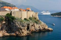Alte Stadt und Stadtmauern dubrovnik kroatien Stockbilder