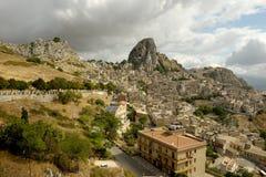 Alte Stadt von Caltabellotta in Sizilien Stockfotos