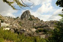 Alte Stadt von Caltabellotta in Sizilien Lizenzfreies Stockfoto