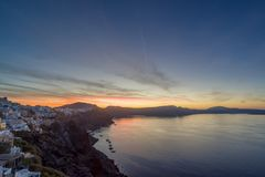 Alte Stadt von Oia auf der Insel Santorini Stockbild