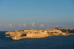 Alte Stadt von Valletta-Festung am späten Nachmittag beleuchtet malta Lizenzfreies Stockbild