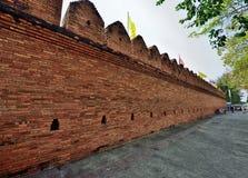 Alte Stadtmauer in Chiang Mai, Thailand Lizenzfreie Stockfotos