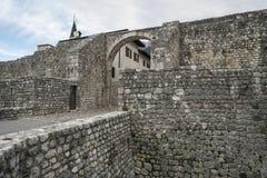 Alte Stadtmauer in Venzone Lizenzfreie Stockfotos