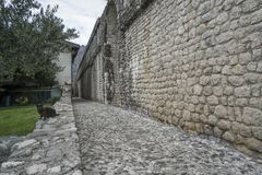 Alte Stadtmauer in Venzone Lizenzfreie Stockfotografie