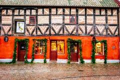Alte Stadtmitte mit den ältesten Häusern und Gebäude im Weihnachten würzen in Malmö in Schweden Lizenzfreies Stockbild