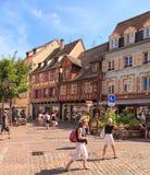 Alte Stadtstraße in Colmar, Frankreich Lizenzfreie Stockbilder
