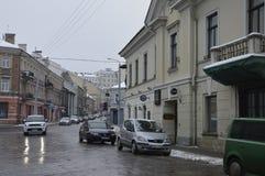 Alte Stadtstraße in Vilnius stockfoto