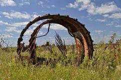 Alte Stahlfelgen der enormen Maschinerie Lizenzfreie Stockfotografie