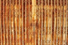 Alte Stahltür lizenzfreies stockbild