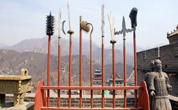 Alte Stangen und Soldaten auf Chinesischer Mauer (China) Lizenzfreie Stockfotos