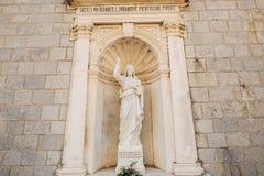 Alte Statue auf dem Gebiet der Kirche der Geburt Christi von Stockfoto