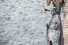 Alte Statue des Ritters am Heiligen Vitus Cathedral in Prag, Tschechische Republik, Details, Nahaufnahme lizenzfreie stockfotografie