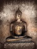 Alte Statue von Buddha Stockbilder