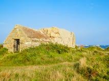 Alte Steinscheune auf der Guernsey-Insel Lizenzfreies Stockfoto