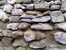 Alte Steinwand in Italien lizenzfreies stockfoto