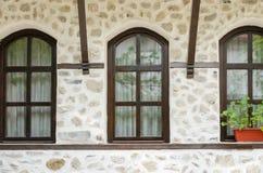 Alte Steinwand und Fenster, Melnik, Bulgarien Lizenzfreies Stockbild