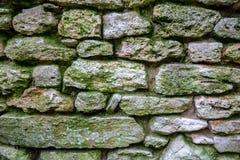 Alte Steinwandnahaufnahme stockfotos