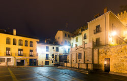 Alte Straße in der Nacht segovia Lizenzfreie Stockfotos