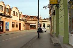 Alte Straße in im Stadtzentrum gelegenem VrÅ-¡ Wechselstrom stockbilder