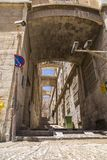 Alte Straßen und Gebäude in der alten Stadt von Jerusalem stockbilder