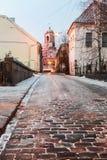Alte Straßen von Wyborg an der Dämmerung Lizenzfreie Stockbilder