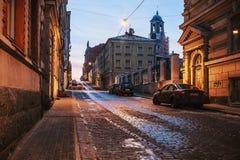 Alte Straßen von Wyborg an der Dämmerung Stockbilder
