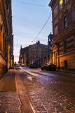 Alte Straßen von Wyborg an der Dämmerung Wyborg Lizenzfreie Stockfotografie
