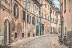 Alte Straßengasse in Ljubljana Lizenzfreie Stockbilder