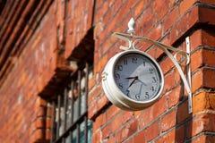 Alte strret Uhr Lizenzfreie Stockfotografie