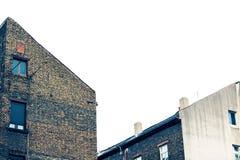 Alte stumpfe Gebäude in Europa Stockfotografie