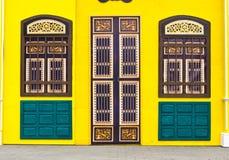 Alte Tür. Lizenzfreie Stockfotos