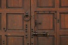 Alte Tür Hölzerner Hintergrund Antiker Ausgang lizenzfreies stockfoto