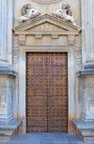 Alte Tür im Alhambra-Palast in Spanien Stockfotografie