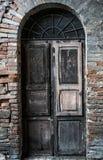 Alte Tür in Italien Lizenzfreies Stockbild