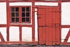 Alte Tür und Fenster Lizenzfreie Stockbilder
