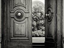 Alte Tür in Valletta Stockfotos