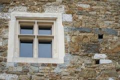 Alte Türen und alte Fenster in der alten Stadt Stockbild
