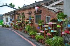 Alte taiwanesische Dörfer, nette Bretterbuden und Häuser, Straßen stockfotos