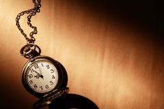 Alte Taschen-Uhr Lizenzfreie Stockbilder