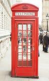 Alte Telefonzelle in London stockbilder